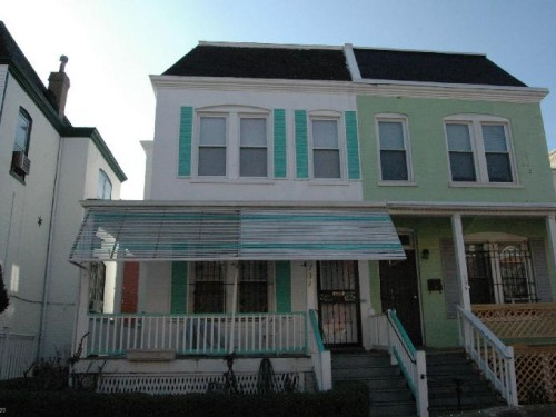 732 Gresham Place Northwest