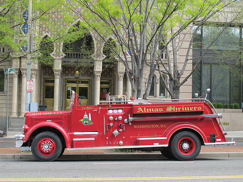 city_ride_fire_truck_connecticut_ave