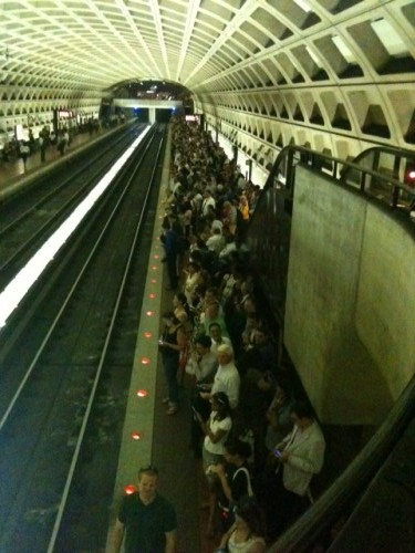crowded_metro