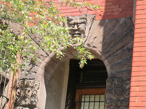 rowhouse_sculpture