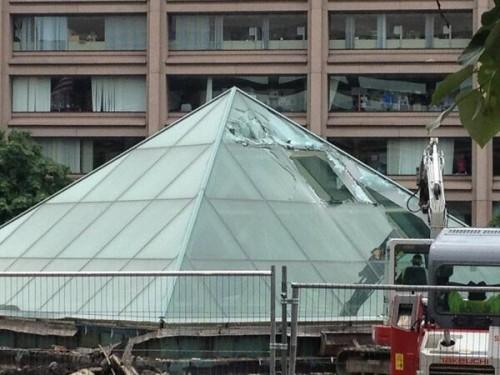 Lenfant_plaza_pyramid