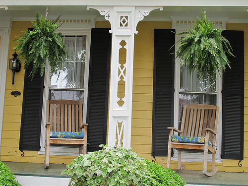 cap_hill_house_old_timey