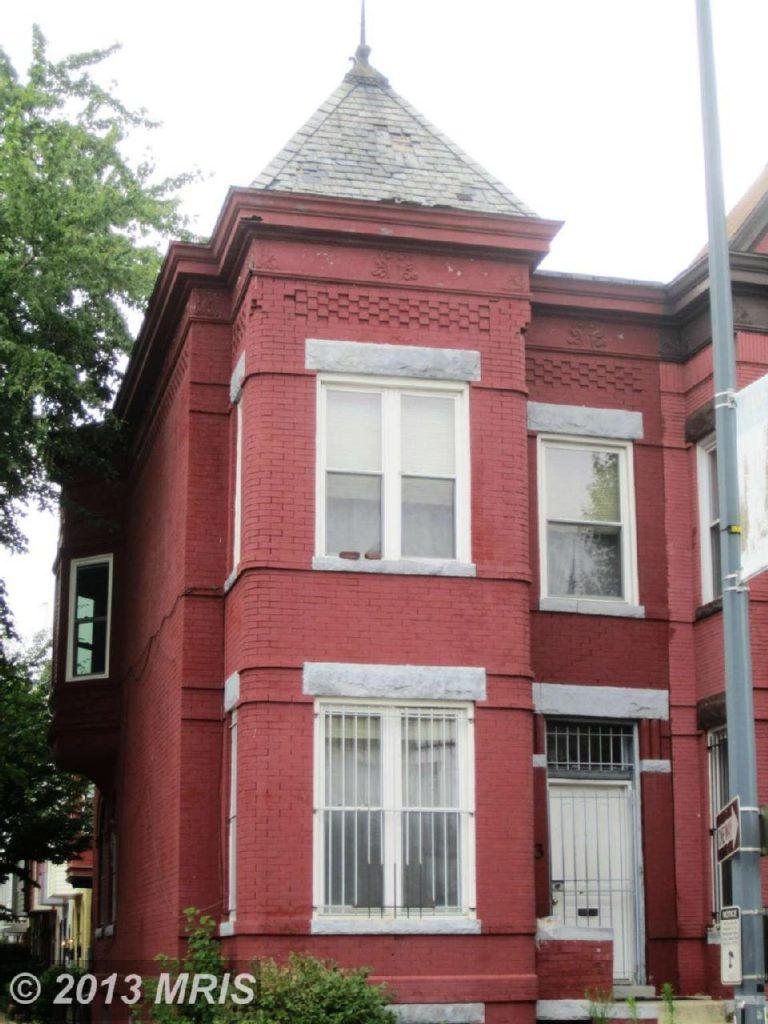 1523 1st Street Northwest