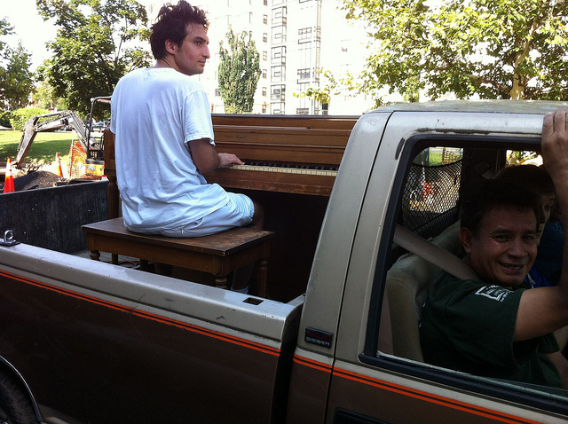 Mt_Pleasant_truck_piano