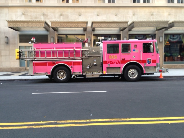 city_ride_pink_fire_truck