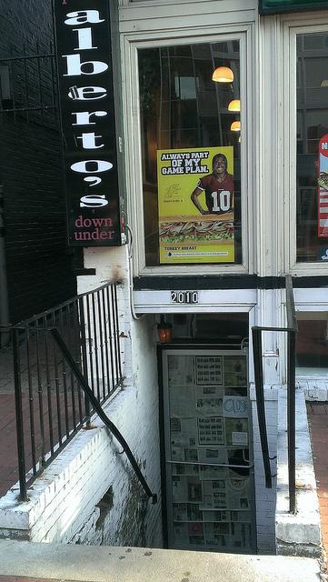 alberto's_closed_dupont_p_street