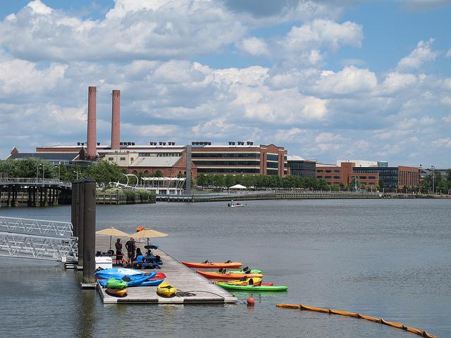 kayak_navy_yard