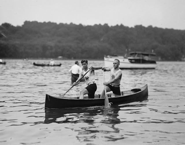 Frank Yielfs & Geo Newhouse of Washington Canoe Club at Regatta 23 Aug 1924 12008u