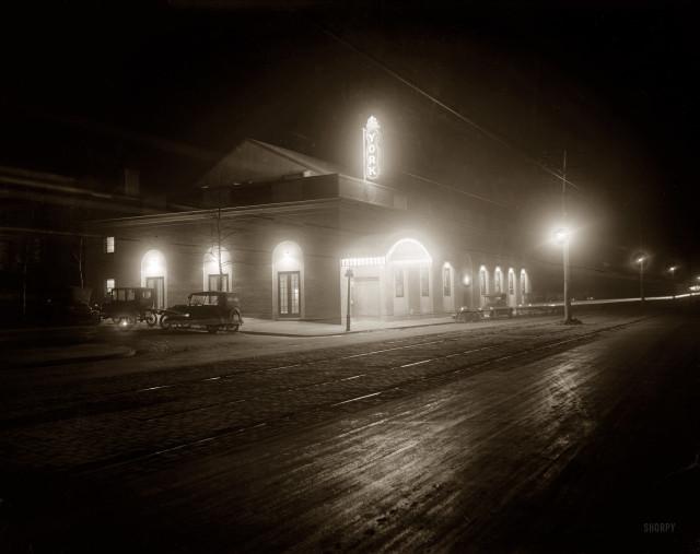 york_theater_1920