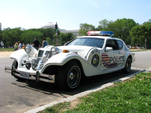 cop_pimpmobile