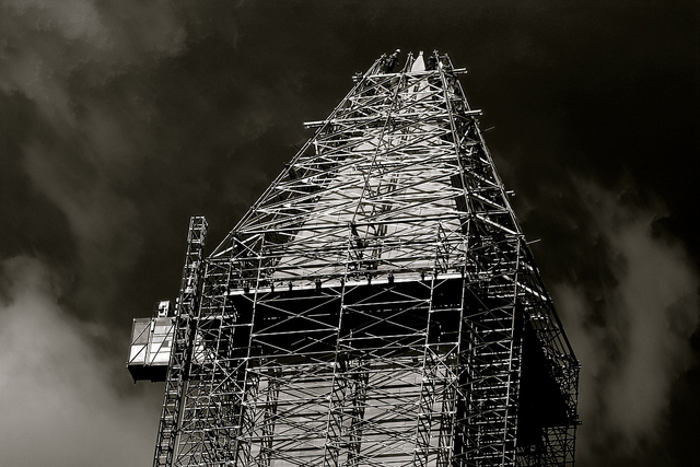 washington_monument_scaffold