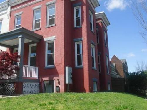 1252 E Street Northeast