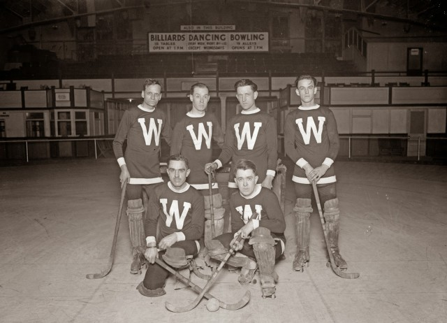 Arcade Hockey Club Jan 22 1926 Natl Photo Co 27423u