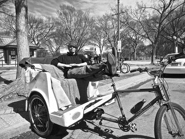 H_streetcar_pedicab
