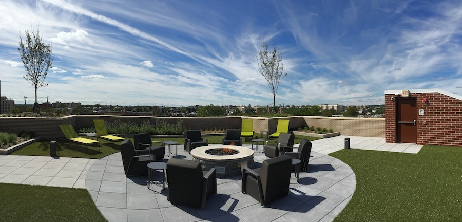 the-swift-safeway-petworth-dc-apartments-outdoor-deck