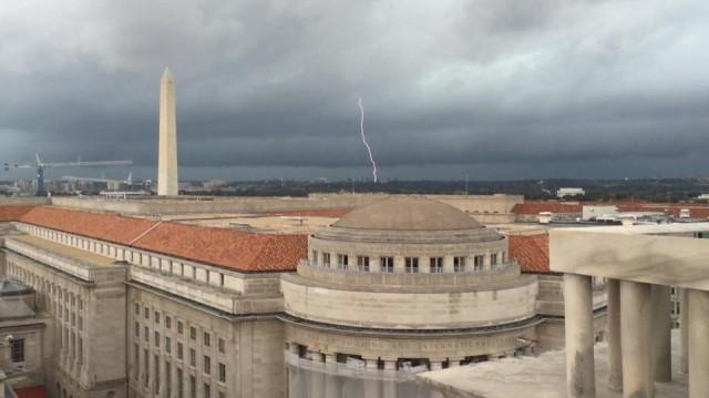 DC_Lightning_20141015