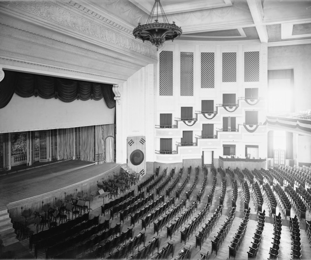 Washington Auditorium 31723u