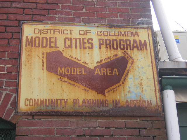 model_cities_sign