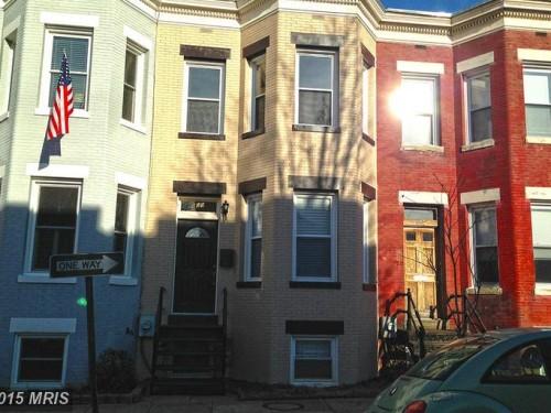 609 Elliott Street Northeast