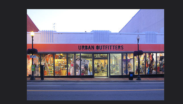 urban_outfitter_closed_georgetown