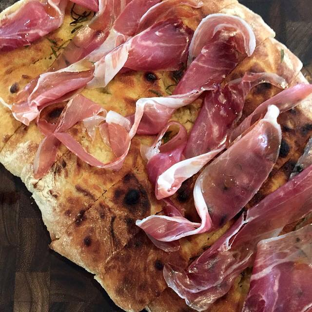 Prosciutto and Rosemary pizza bianca