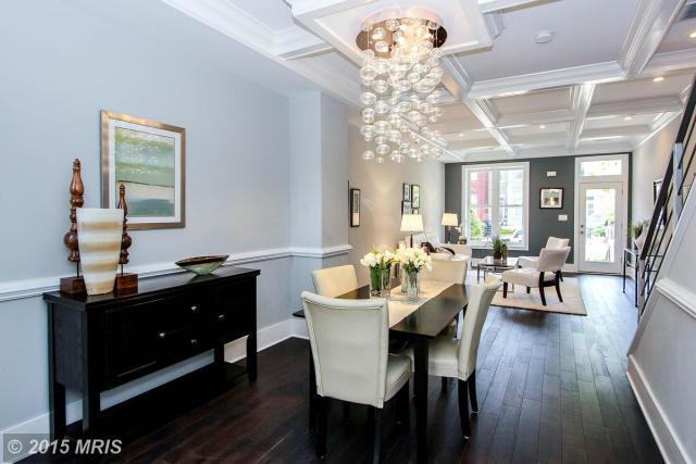 DC8625951 - Dining Room