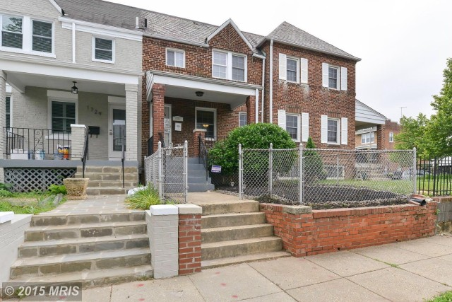 1727 D Street Northeast