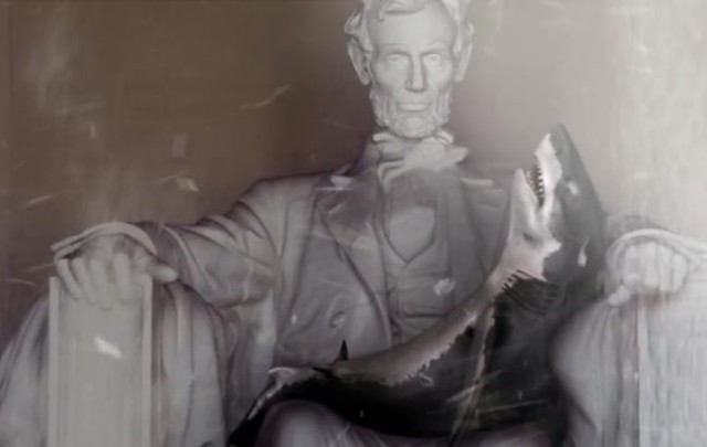 Sharknado-3-Oh-Hell-No-Shark-tornado-Lincoln-Memorial-650x411