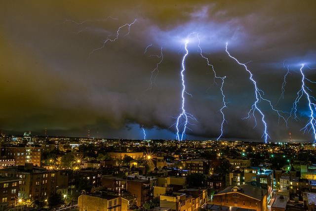 storm_dc_lightning