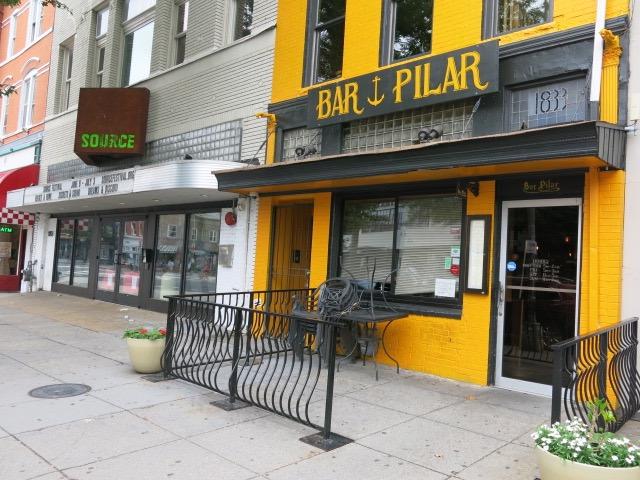 bar pilar