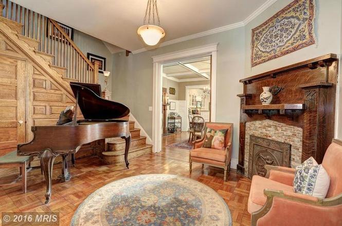 1742 Park Road, Northwest piano