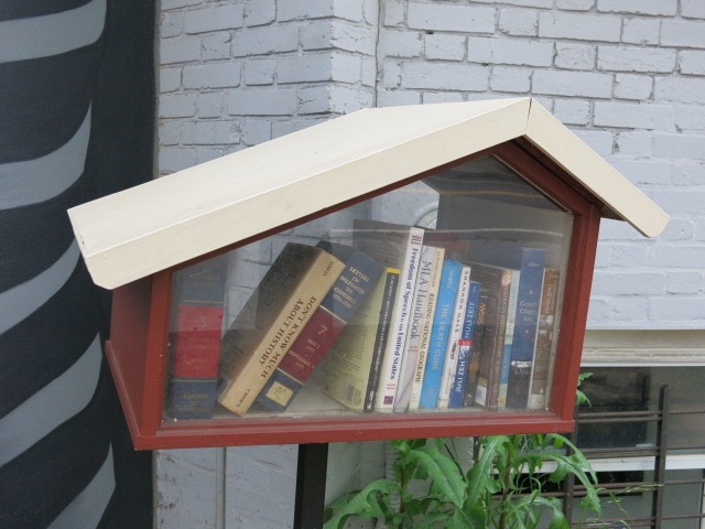 bloomingdale-little-free-library