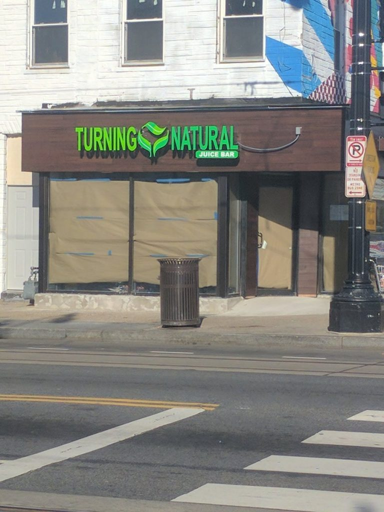 turning-natural-from-pint-apple