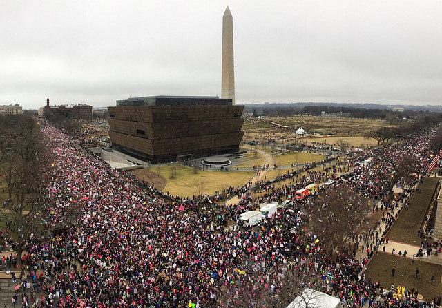 huge crowd mall