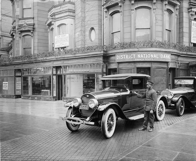 District National Bank branch office 1924 30643u