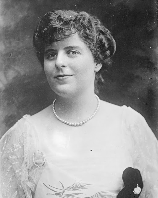 Margaret Draper 1916 23050u