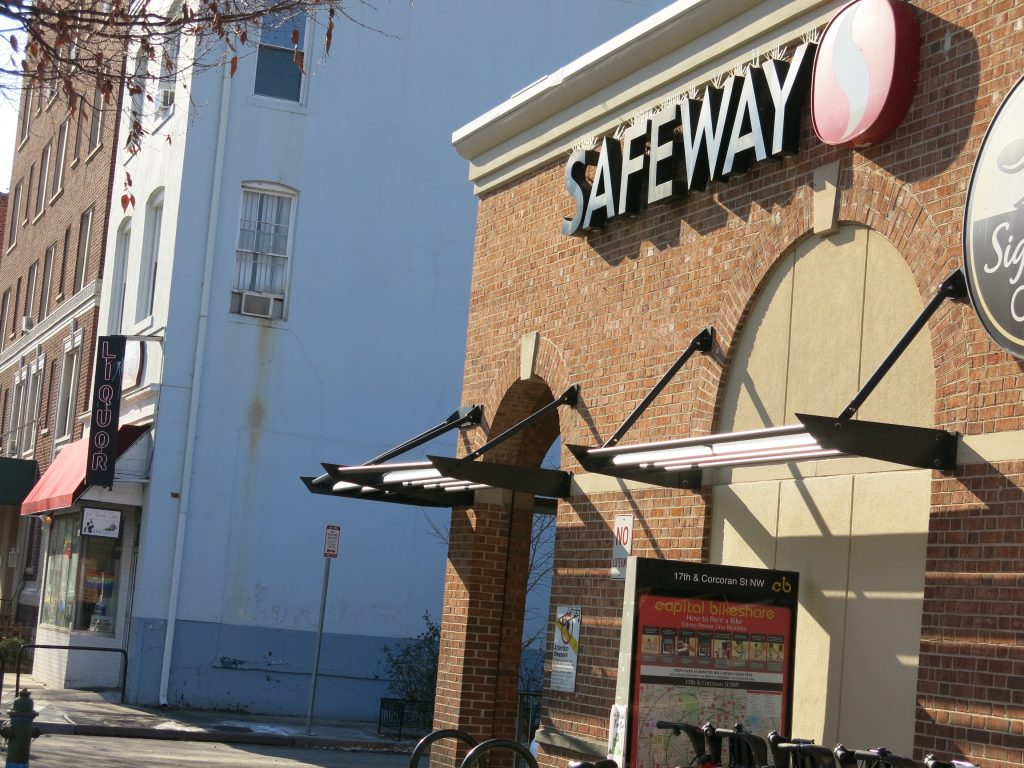 PoPville » 17th Street Safeway Set to Sell Wine and Beer