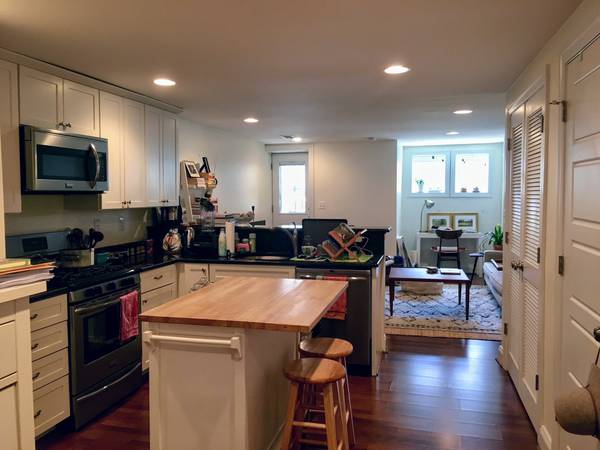 Completely Renovated, Spacious One Bedroom English Basement Apartment In  Bloomingdale!
