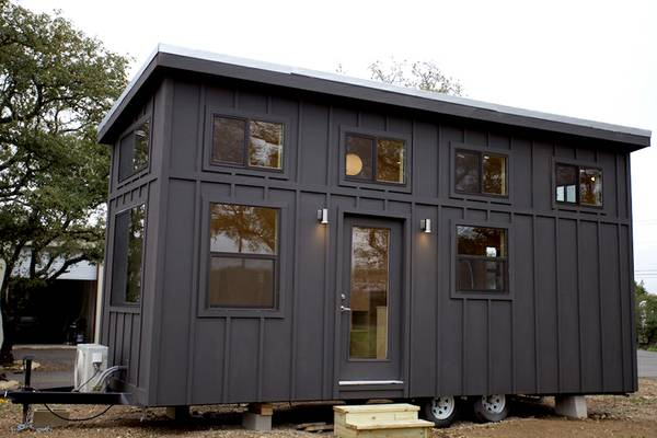 """Following our shed discussion from last week – From Craigslist: """"$450 ISO  backyard in DC for my tiny house ... - PoPville » $450/month To Put A """"tiny House"""" In Your Backyard. Good"""
