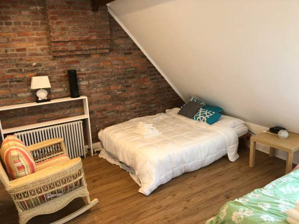 Today's Rental was picked because I'm curious what you think about the angled wall in one of the bedrooms