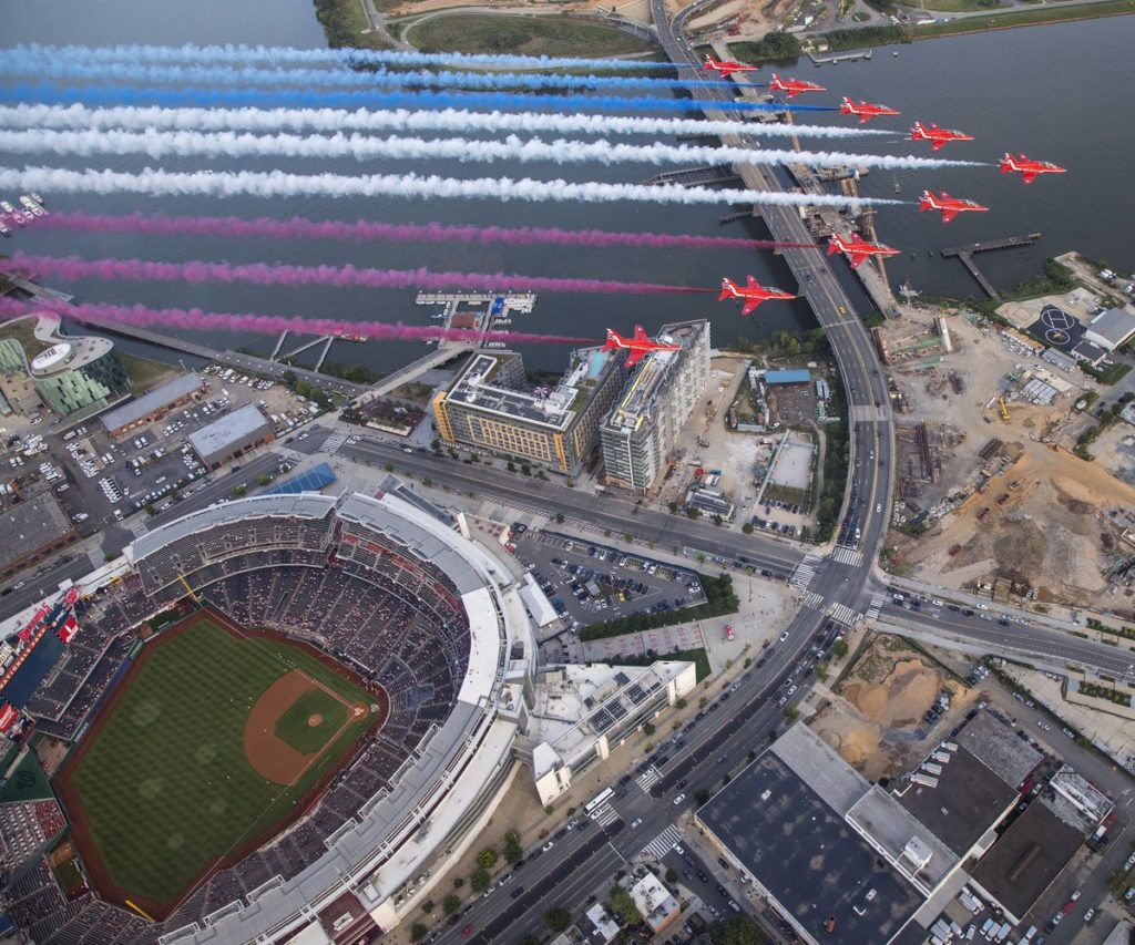 Super Cool Photo of Britain's Red Arrows Flying Over Nats Park Last Night